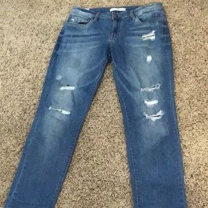 KanCan crop jeans size 9 x 28 in EUC.